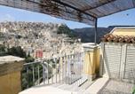 Location vacances  Province de Raguse - Holiday home Via Maria Paterno' Arezzo-3