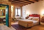 Location vacances  Province de Raguse - Four-Bedroom Holiday Home in Chiaramonte Gulfi-2