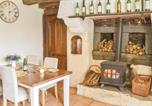 Location vacances Saint-Servais - One-Bedroom Holiday Home in Trebrivan-4