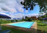 Location vacances  Province de Sienne - Chaming Farmhouse in Tuscany with Swimming Pool-3