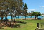 Location vacances Buderim - Beachport 14 - 2 Bdrm Apt with Canal Views on Parkyn Pde-2