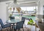 Location vacances Summerland Key - Reel Living 2bed/1bath Waterfront Beachy Cottage-3