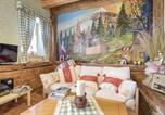 Location vacances Castello Tesino - Three-Bedroom Holiday Home in Lamon-3