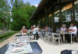 Camping en Bord de rivière Vienne - Moncontour Active Park - Terres de France-2