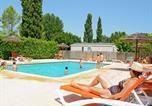 Camping avec Piscine couverte / chauffée Gréoux-les-Bains - Camping Les Fouguieres-1