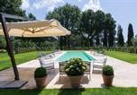 Location vacances Barbarano Romano - Capranica Villa Sleeps 8 Pool Wifi-2
