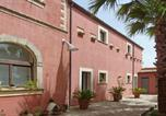Location vacances  Province de Raguse - Ragusa Villa Sleeps 9 Pool Air Con Wifi-1