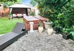 Location vacances Langhorne - Co-ed Dorm with Fantastic Patio!-4
