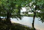 Camping avec Piscine Saint-Léger-de-Fougeret - Camping de L'Etang du Merle-1