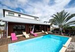 Location vacances Saint-Gilles les Bains - Villa Sunbeach in Saint-Gilles (Mont Roquefeuille) I Keylodge Réunion-1