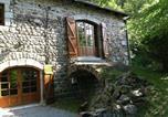 Location vacances Saint-Régis-du-Coin - A Beautiful Stone farmhouse-2