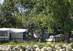 Camping avec Piscine Mauroux - Village de Loisirs Le Lomagnol-4