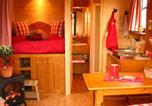Camping Villeneuve-de-Berg - Roulottes et Cabanes de Saint Cerice-4
