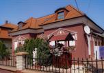 Location vacances Zalakaros - Dóra Stúdió Apartmanok-1