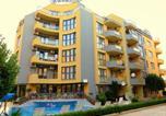 Hôtel Несебър - Aquaria Holiday Apartments-1