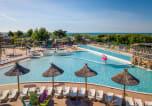 Camping avec Accès direct plage Hérault - Les Méditerranées - Beach Garden-1