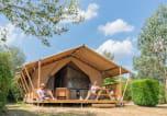 Camping avec Hébergements insolites Angoulins - Village de la Guyonnière-3