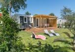 Camping avec Quartiers VIP / Premium Rhône-Alpes - La Plage Fleurie-2