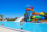 Camping avec Ambiance club Agde - Les Champs Blancs-2