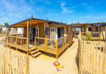 Camping avec Accès direct plage Vendée - La Pomme de Pin-1