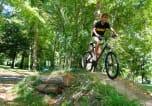 Camping avec Site de charme Coutures - Parc de Montsabert-4