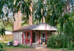 Camping Pays des Vallées d'Anjou - Parc de Montsabert
