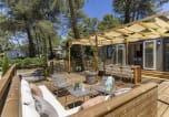 Camping avec Ambiance club Hérault - Le Plein Air des Chênes-4