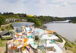 Camping avec Parc aquatique / toboggans Bretagne - Au Bocage du Lac-4