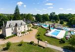 Camping avec Piscine couverte / chauffée Poilly-lez-Gien - Château des Marais-4