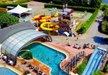 Camping avec Ambiance club Montfarville - Les Hautes Coutures-3