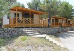 Camping avec Site nature Croatie - Jezera Village-3