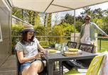 Camping avec Quartiers VIP / Premium France - L'Orée du Bois-3