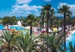 Camping  Acceptant les animaux Antibes - La Baume-3