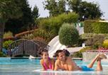 Camping avec Ambiance club Billiers - La Grande Metairie-2