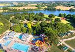 Camping avec Piscine couverte / chauffée Montreuil-Bellay - Lac de Ribou-1