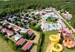 Camping avec Piscine Saint-Laurent-en-Beaumont - Le Domaine du Grand Lierne-1