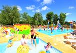 Camping avec Ambiance club Vitrac - Les Peneyrals-4