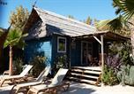 Camping avec Hébergements insolites Toulon - Les Prairies de la Mer-4