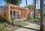 Camping avec Quartiers VIP / Premium Italie - Village Mediterraneo-3