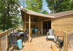 Camping avec Quartiers VIP / Premium France - Parc du Val de Loire-1