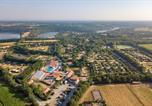 Camping avec Hébergements insolites Fouras - Village de la Guyonnière-2