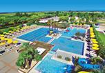 Camping avec Quartiers VIP / Premium Italie - Village Portofelice-3