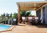Location vacances Paziols - Holiday home Tuchan 56-4