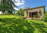 Location vacances Hautefort - Stylish Cottage in Savignac-Ledrier with Terrace-2