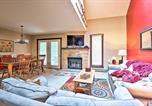 Location vacances Lake Harmony - Poconos Home w/ Deck & Bbq - Lake & Pool Access!-1