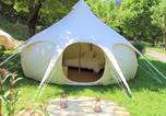 Camping en Bord de lac Gard - Camping Le Moulin du Luech-1