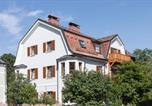 Location vacances Freilassing - Villa Riedenburg Design Apartments-1