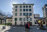 Location vacances Chamonix-Mont-Blanc - Appartements Pavilon-1