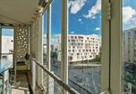 Location vacances Léognan - Cozy 1-bedroom with terrace close to train stations in Begles - Welkeys-4