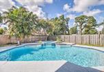 Location vacances Lake Worth - Event-Friendly Home: Relax/Entertain Poolside-1